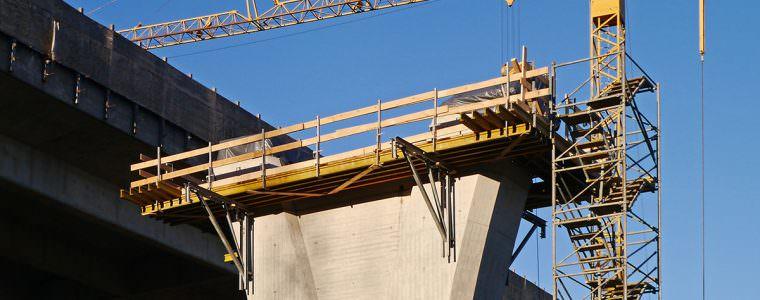 Ein Schutzzelt für den Straßenbau oder Brückenbau sollte auf der Baustelle nicht fehlen...